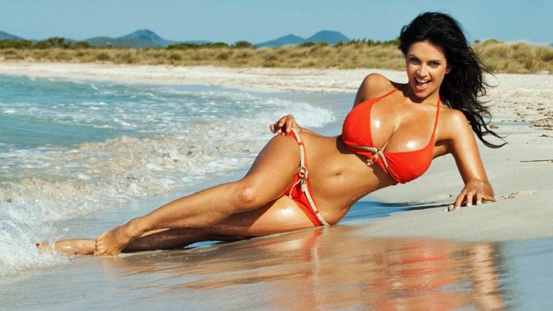 Brasilfrau am Meer